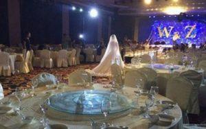 бяха поканили над 300 гости за сватбата