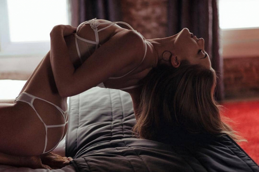 Нова секси мода предизвика фурор в мрежата (СНИМКИ 18+)